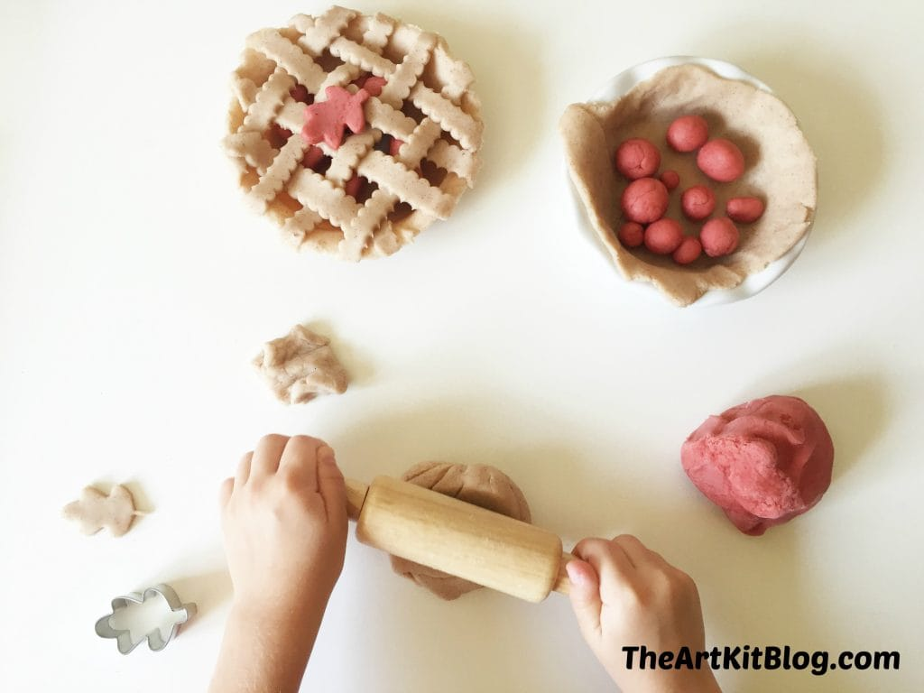 Apple pie playdough homemade by the art kit blog
