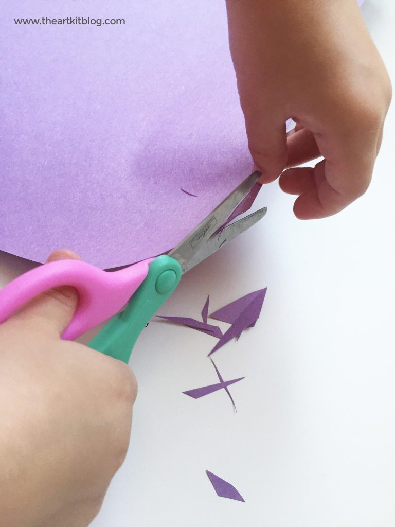 10 Fun Ways to Practice Scissor Skills - Cutting Practice for Kids at @theartkit www.theartkitblog.com