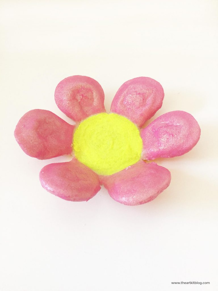 SALT DOUGH FLOWER BOWLS DIY GIFT IDEA MOTHERS DAY GIFT FOR KIDS TO MAKE THE ART KIT