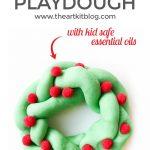 Playdough Christmas Wreaths {With Kid Safe Essential Oils}